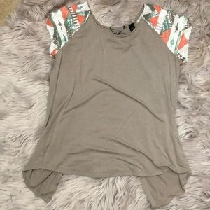 Open-Backed BKE Boutique T-Shirt
